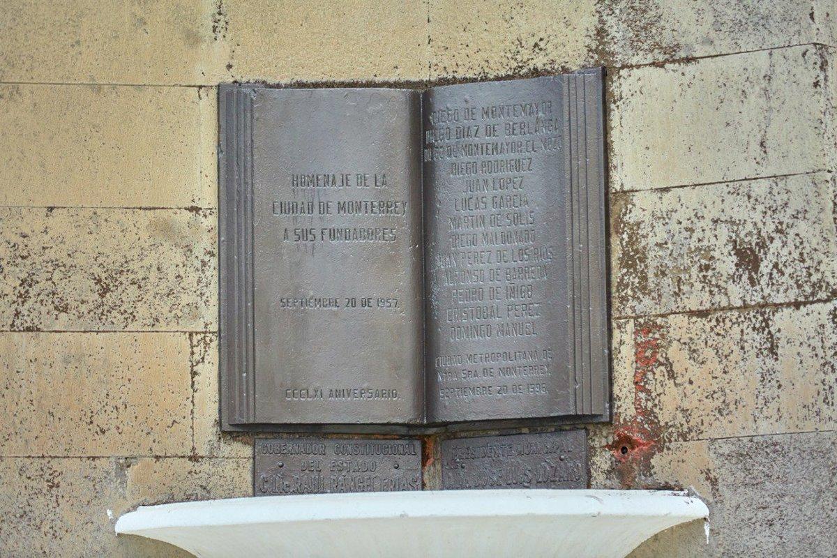 obelisco-monterrey-fundacion