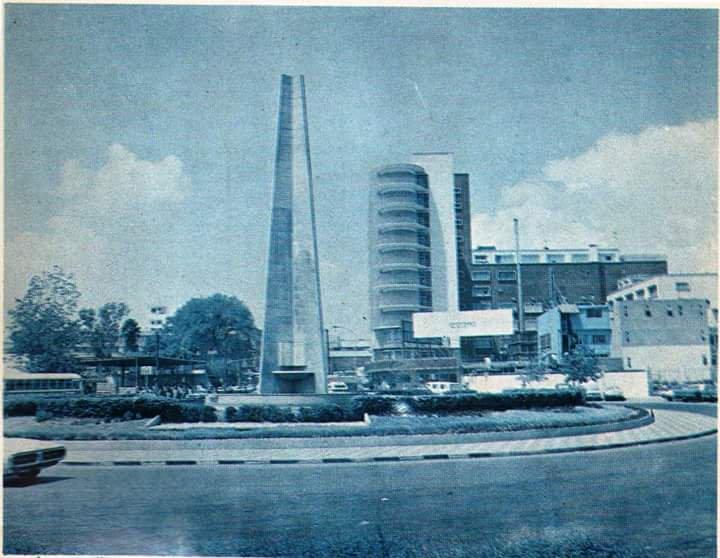 obelisco-monterrey-antiguo