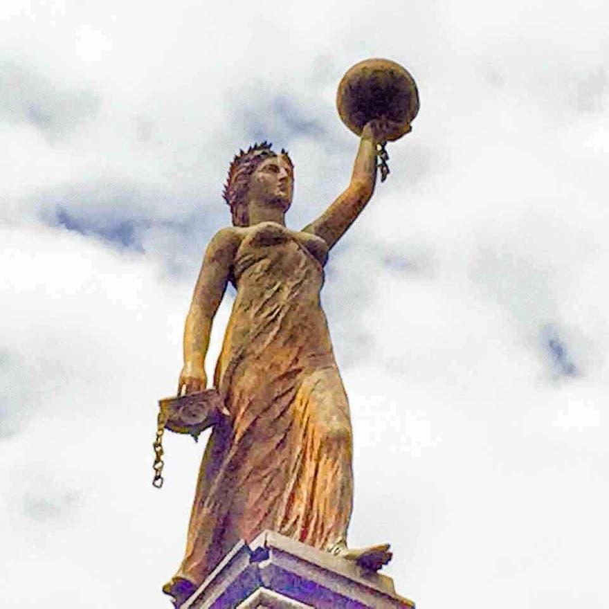 arco de la independencia-monterrey-mona