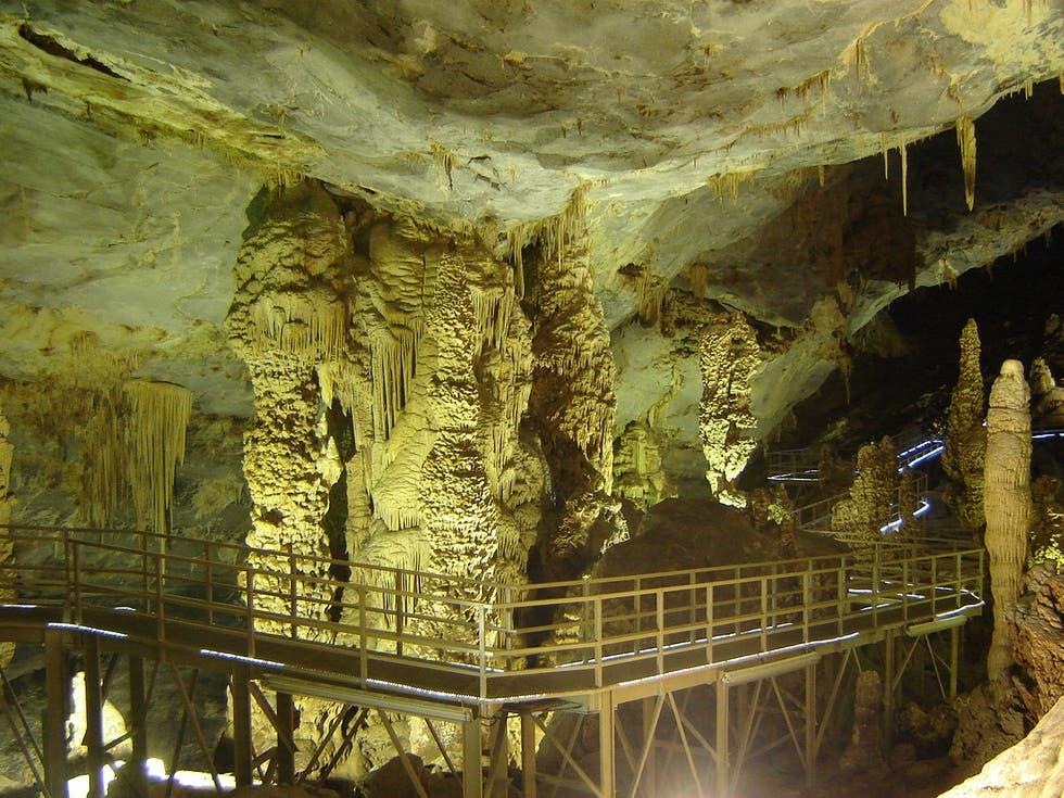 bustamante-grutas-palmito
