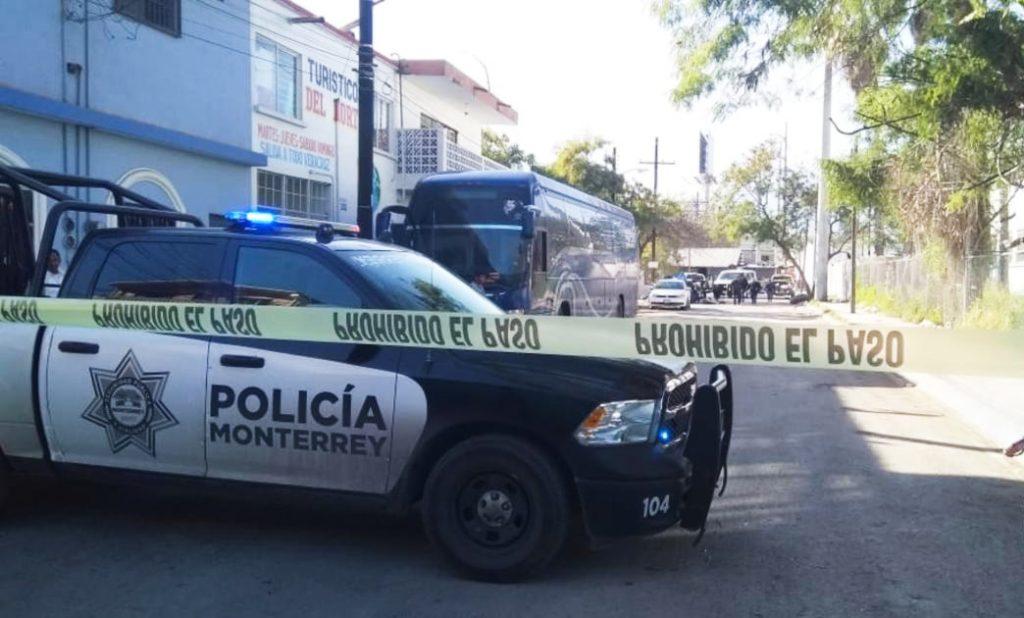 policia-monterrey-adrian-de-la-garza