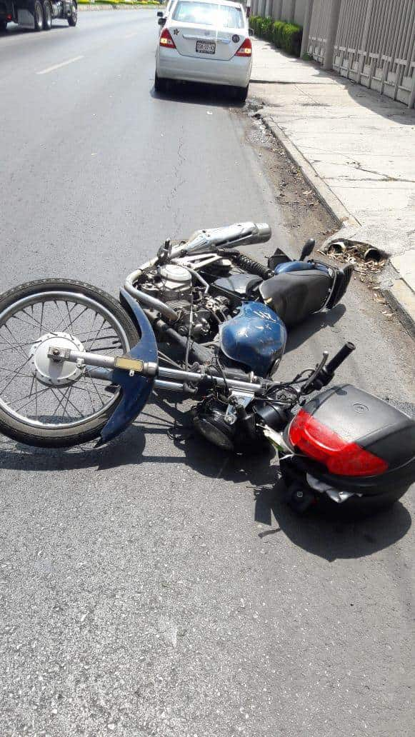accidente-monterrey-moto-cables