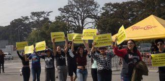 Activistas veganos irrumpen en evento de carne asada