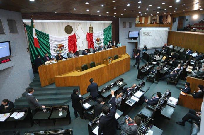 congreso-nuevo-leon-aguinaldo-2