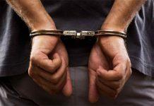 esposas-detenido-estado-mostro