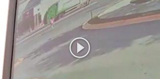 video-taxista-apodaca-atropella