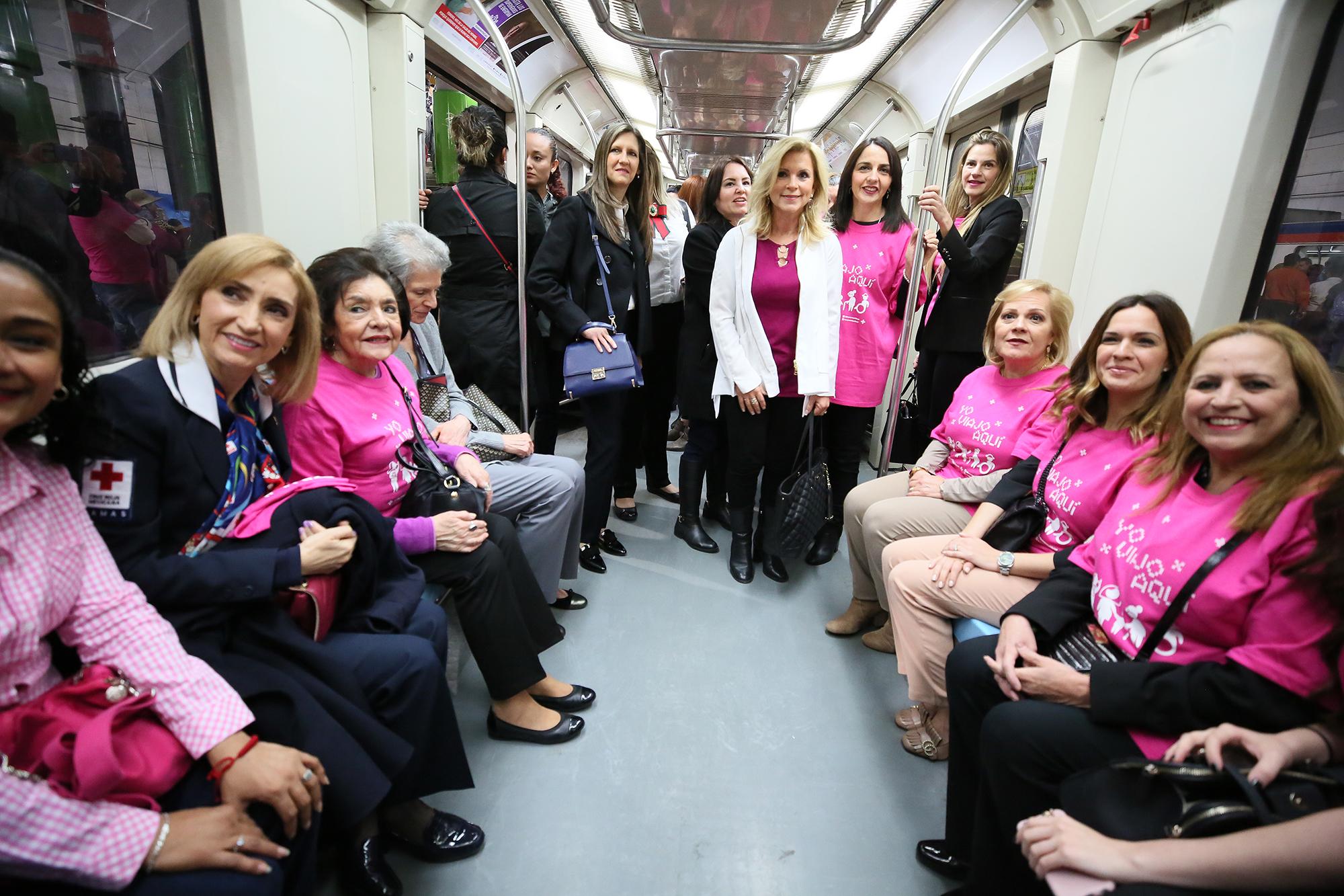vagon rosa metrorrey