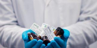 ¿Quiénes deberían ser los primeros beneficiados del medicamento contra COVID-19?