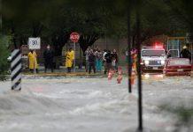 Intensas lluvias dejan 14 desaparecidos en NL