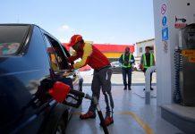 ¡Alerta en Monterrey! Venden gasolina diluida con agua