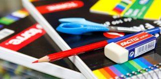 Realizan colecta para comprar útiles escolares a niños de escasos recursos