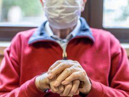 ¡Llegó el día! Inicia vacunación de adultos mayores contra COVID-19